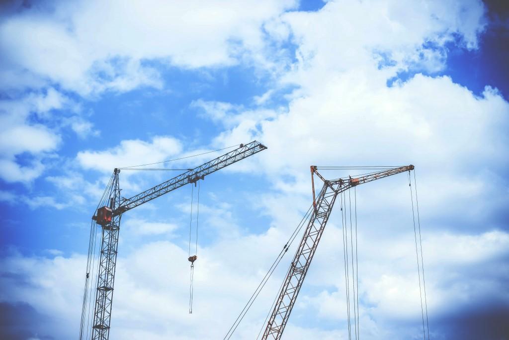 5 Alat Berat yang Biasa Digunakan untuk Konstruksi Bangunan