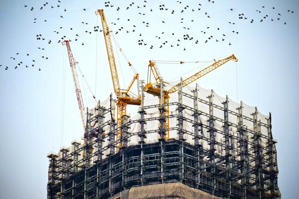 Perhatikan Luas dan Tinggi Lokasi Sebelum Rental Tower Crane